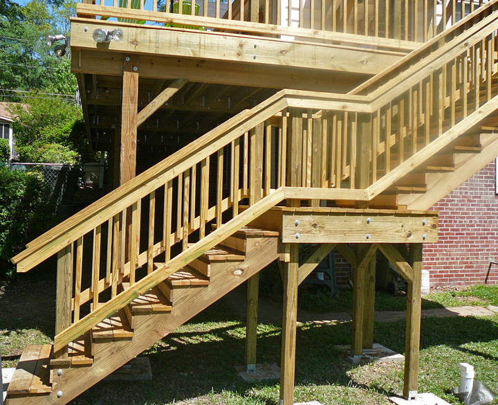 Big Bear Construction 2nd Story Wood Deck