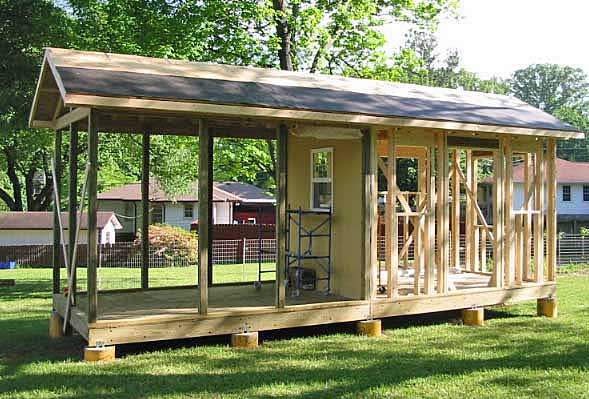 Big Bear Constructio Garden Shed Screened Porch